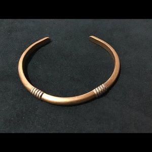 Vintage Avon Gold Tone Bangle Bracelet